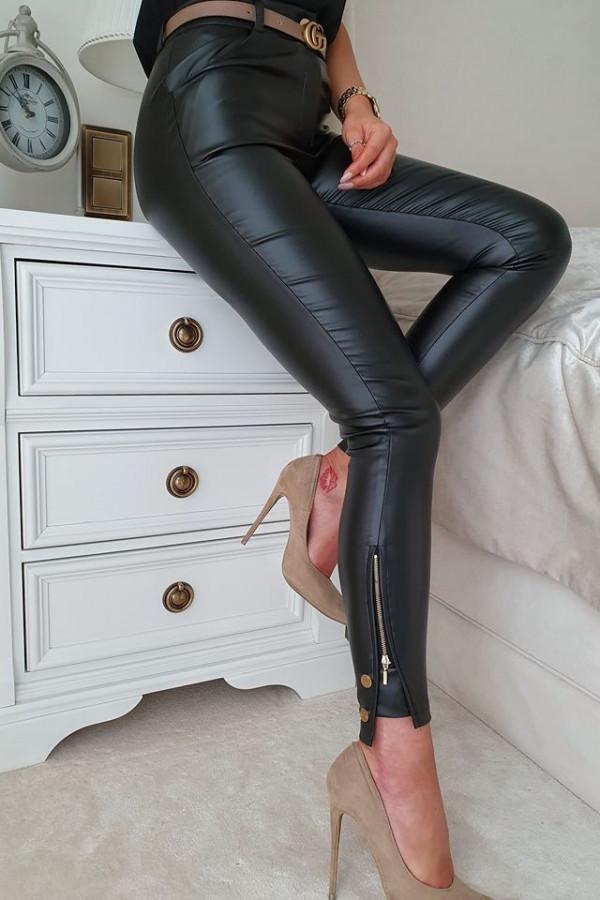 Spodnie czarne woskowane