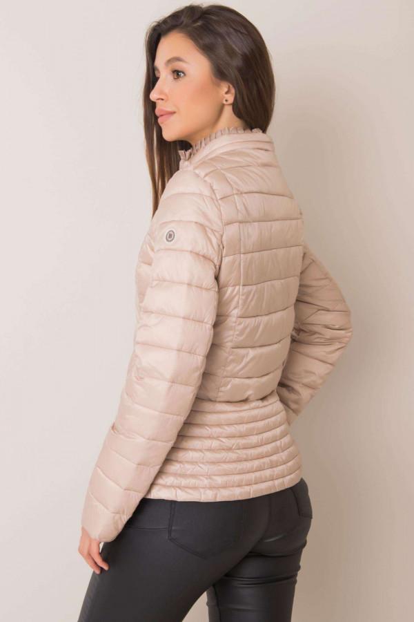 Beżowa pikowana kurtka na zimę Justine 1