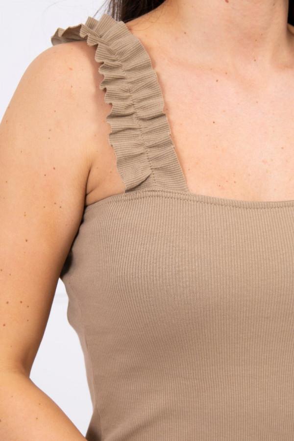 Bluzka z falbankami na ramiączkach camelowa 2
