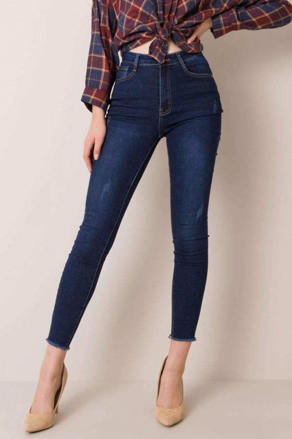 Niebieskie jeansy Ferra 1
