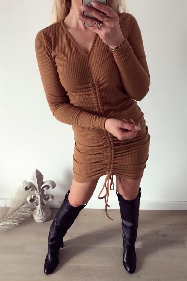 Sukienka ze ściągaczem camel 1