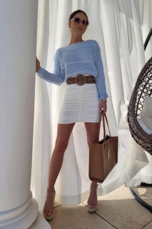 Sweterek oversize błękitny 3