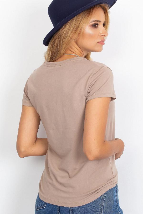 Ciemnobeżowy t-shirt Peachy 1