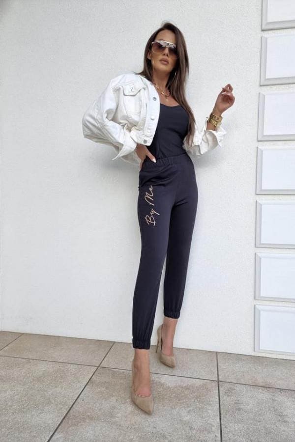 Spodnie joggery czarne 3