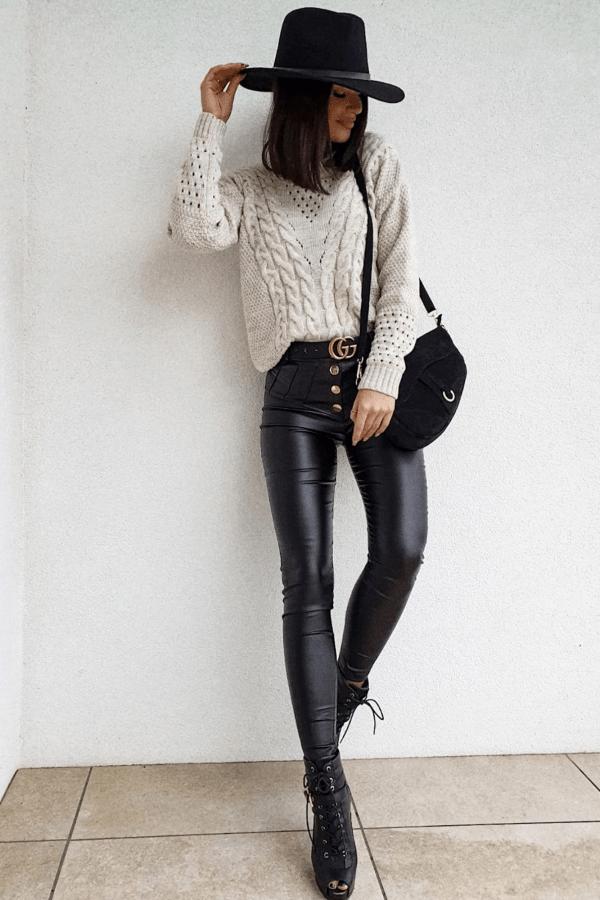 Sweterek ażurowy z warkoczem beżowy