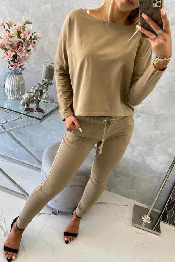 Komplet z bluzką oversize camelowy