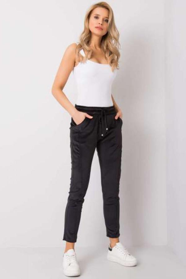 Czarne spodnie welurowe Juanita