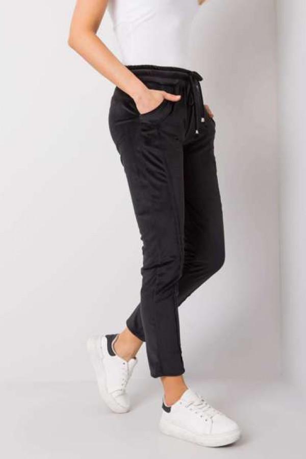 Czarne spodnie welurowe Juanita 2