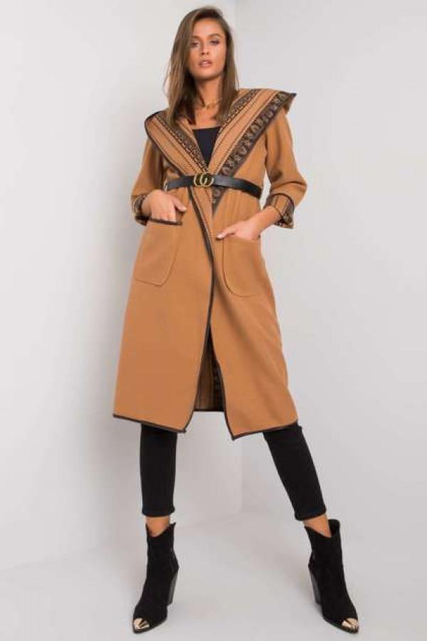 Camelowy płaszcz z kapturem Hannele 1