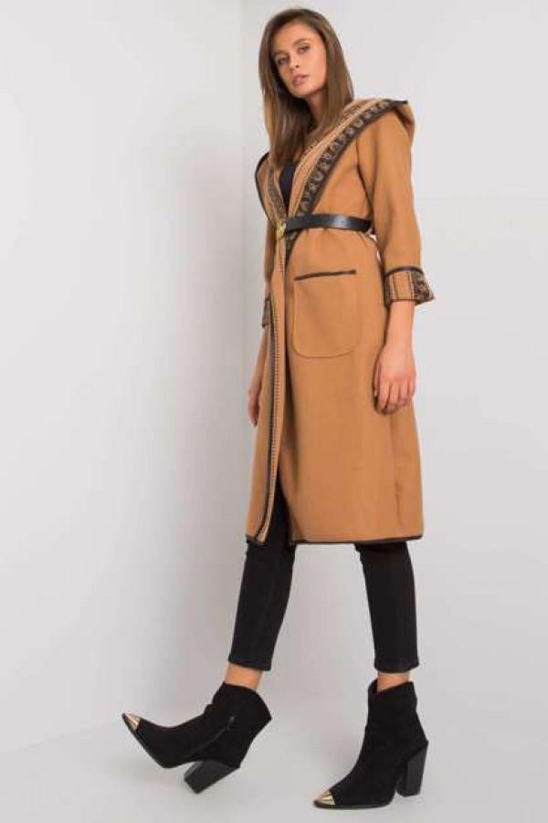 Camelowy płaszcz z kapturem Hannele 2