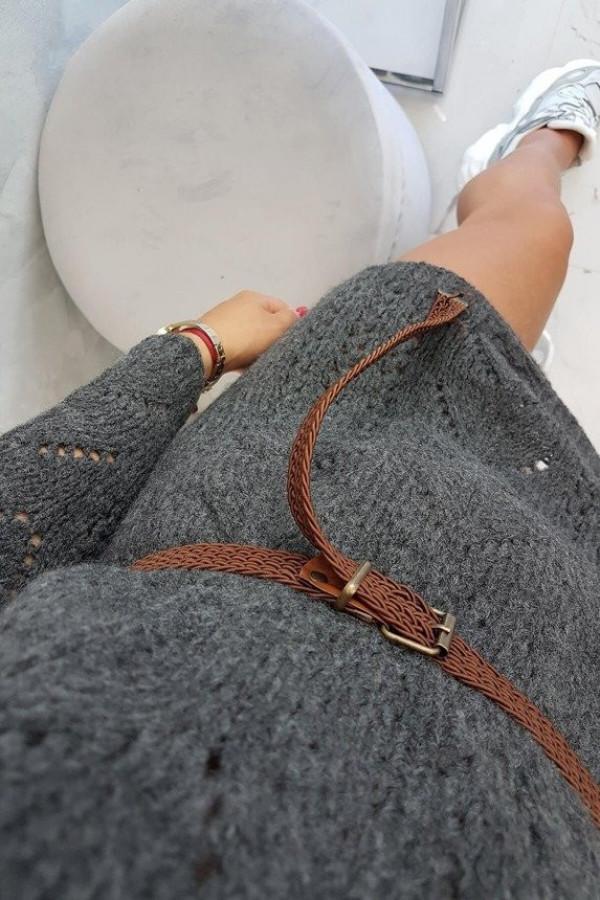Sweter z ozdobnym paskiem grafitowy 1