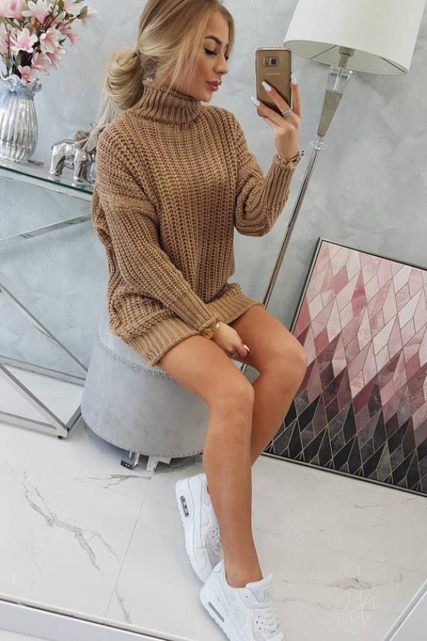 Sweter Sukienka z golfem cappuccino 2