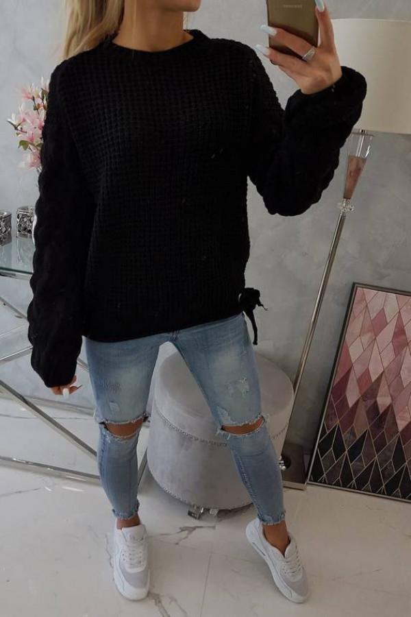 Sweter wiązany u dołu czarny